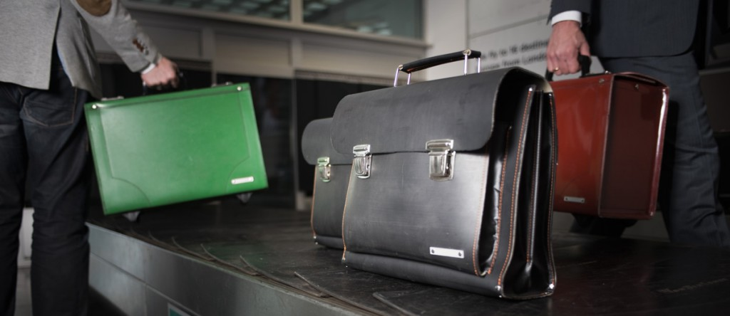 Stunning upcycled bags from conveyor belts by Kazmok