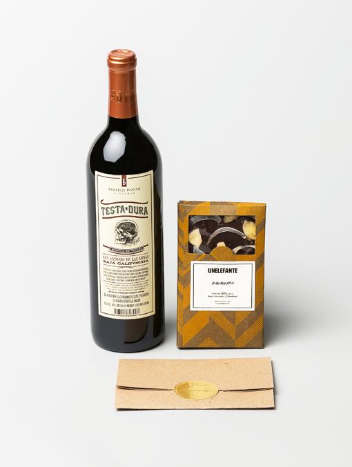 vino-testa-dura-y-chocolate-bananeira