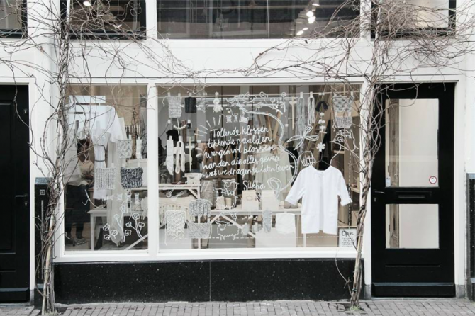 Sukha Amsterdam, Part of top 5 Lettering + Business!