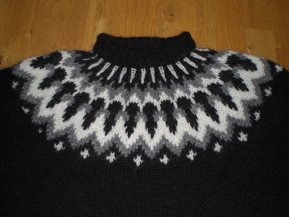 Woolen jumper by BinnaDesign