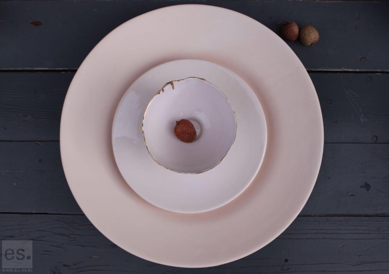 Gorgeous pastel ceramics: for sale on all-es.nl