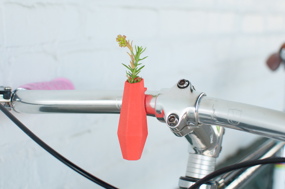 Wearable planter